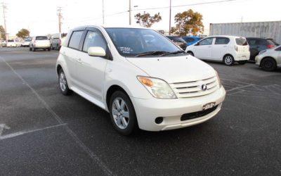Toyota Ist - Exterior