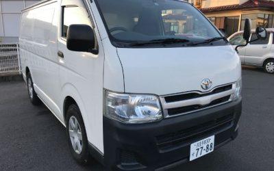 Toyota Hiace Panel Van - Exterior